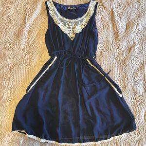 Dresses & Skirts - [SOLD] Dress w/ POCKETS!